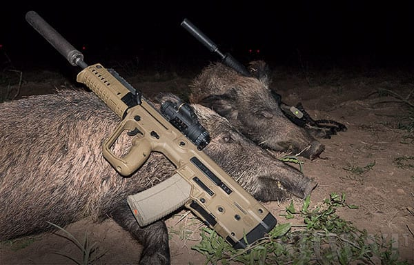 X95-300-Blackout-Hog-Hunting