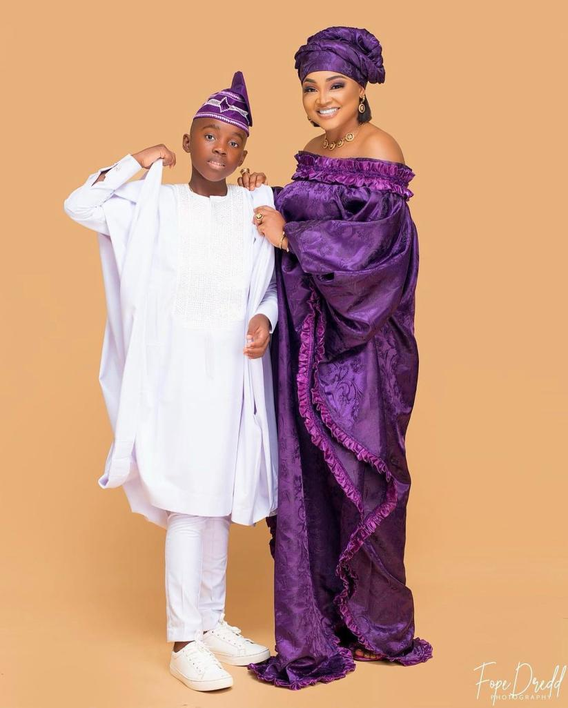 Agbada Outfit for Celebrities males & Females 2021 (10)
