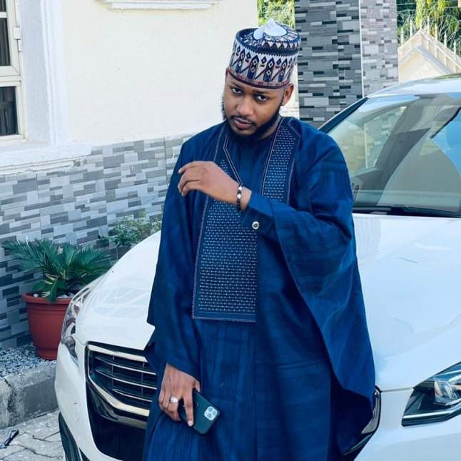Agbada Outfit for Celebrities males & Females 2021 (11)