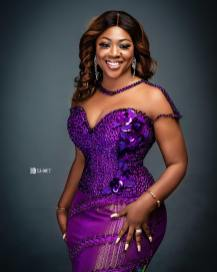 Best Kente Styles for African Women 2021 (5)