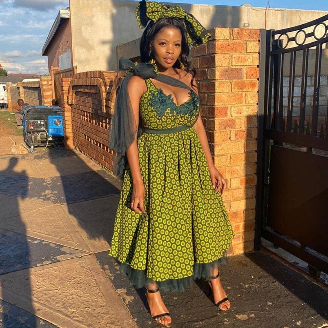 Latest Shweshwe Traditional Dresses For 2021 (7)