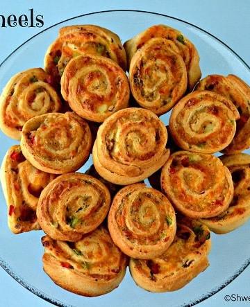 Cheesy Peppery Pinwheels