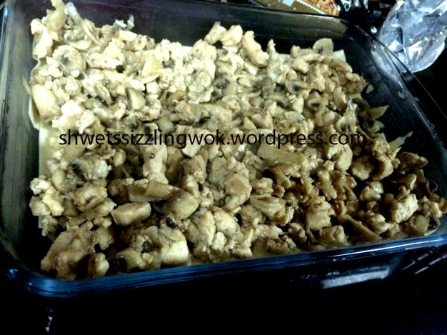 Chicken and mushroom mixture