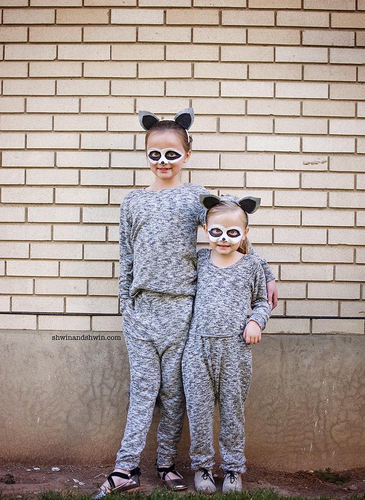 DIY Raccoon Costume #Halloween #Raccoon