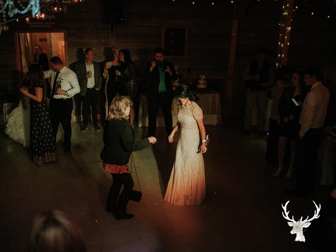 New Braunfels Wedding photography The Lodge At Bridal Veil Falls_0175.jpg