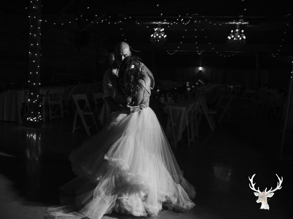 New Braunfels Wedding photography The Lodge At Bridal Veil Falls_0185.jpg
