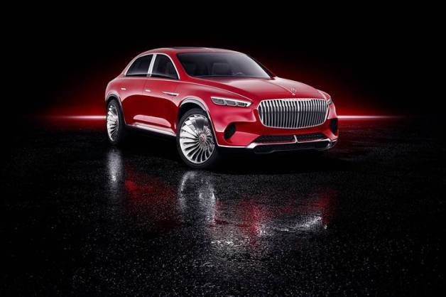 HIGH ROLLER The massive Mercedes-Maybach concept blends a sedan and an SUV, with the design of the former and the ride height of the latter.