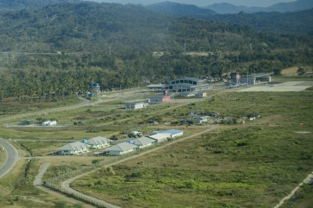 A new airport in Suai capable of receiving 200-seat jetliners was built by an Indonesian firm.