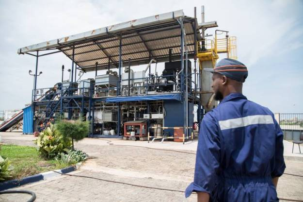 The Janicki Omni Processor, a small-scale waste-treatment plant, is being tested in Dakar, Senegal.