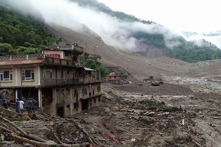 Hopes Fade for Those Missing in Nepal Landslide - WSJ