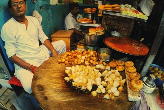 Sampling ButterDrenched Chicken in Old Delhi  India Real