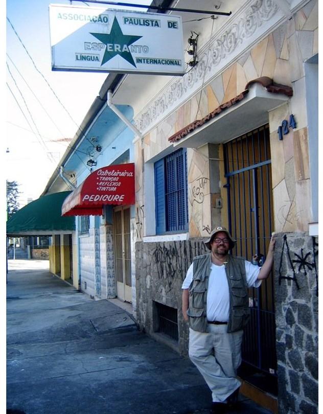 Esperanto-speaker Steven Brewer used Pasporta Servo on a trip he took to Brazil in 2006.