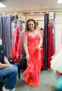 Beautiful prom dresses: Shopping prom dresses
