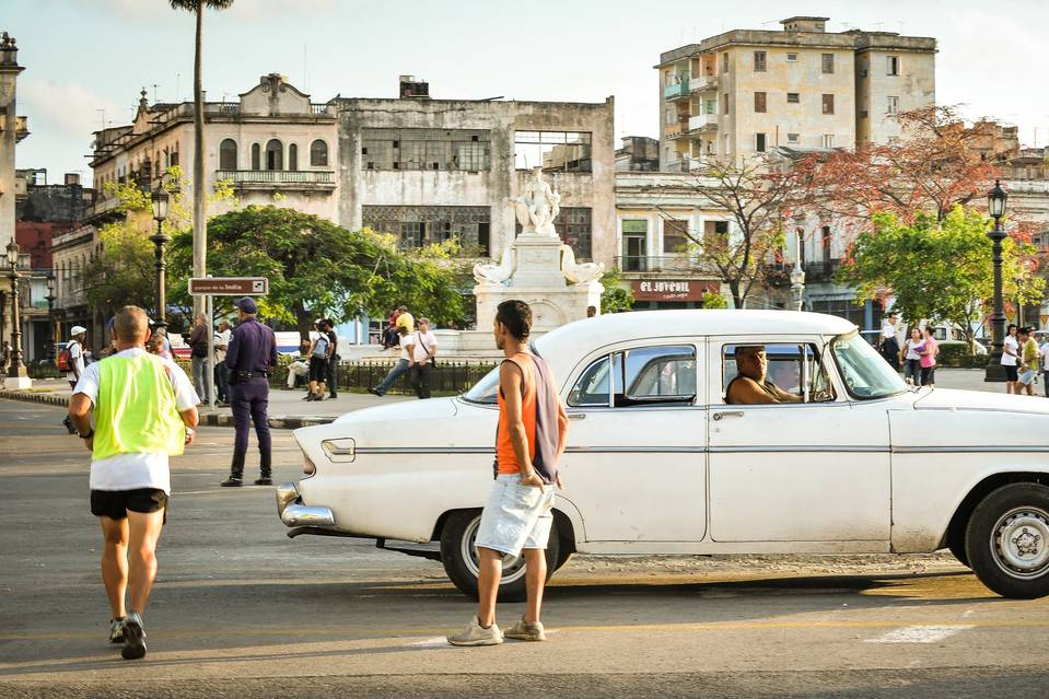 Airbnb plans to make use of Cuba's wide network of casas particulares—private accommodations in homes that are made available to tourists.