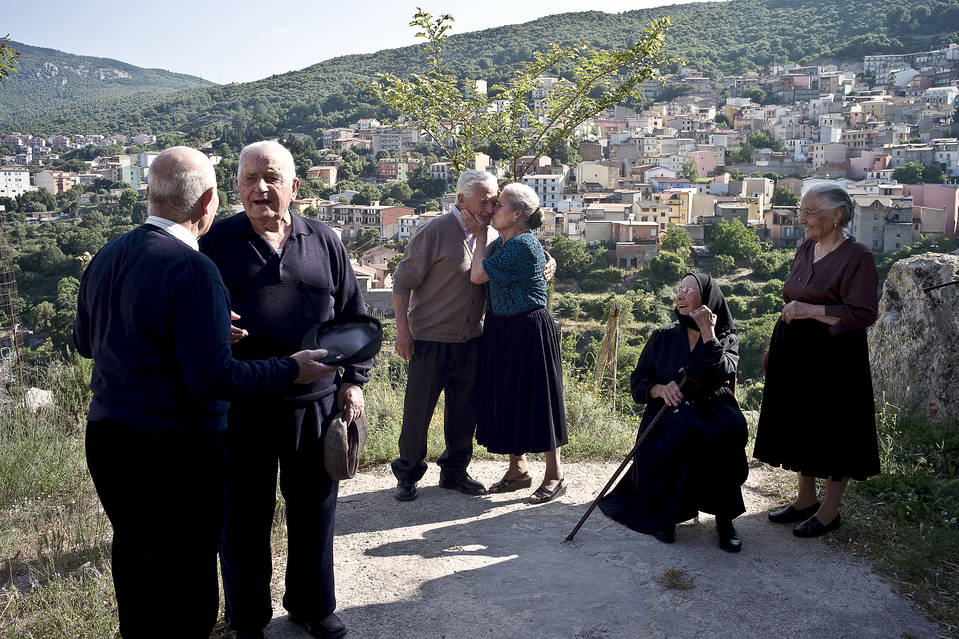 In Sardinia, there are 21 centenarians in a population of 10,000. Only about four in 10,000 Americans reach the 100-year mark.