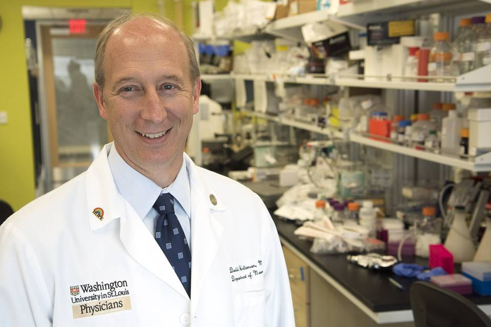 Dr. David Holtzman in his lab at Washington University School of Medicine, in St. Louis, is among the researchers studying links between blood sugar and the brain.