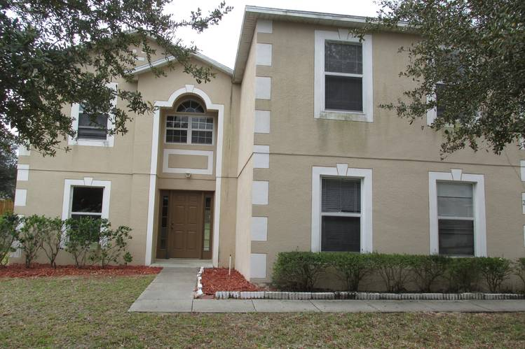 A home on the market in an Orlando suburb that meets Home Partners' criteria.