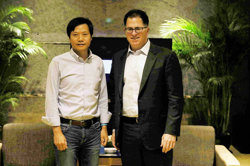 Dell's founder Michael Dell appeared at an event in Shanghai on Thursday with Kingsoft Chairman Lei Jun to launch their collaboration.