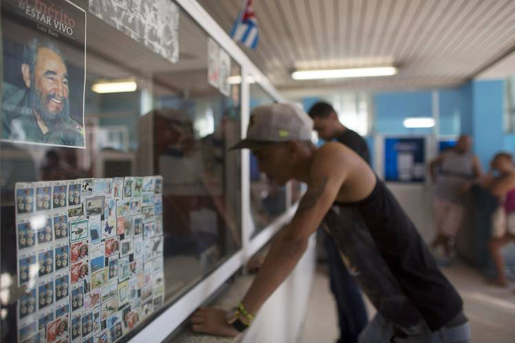 U.S., Cuba Agree to Resume Direct Mail Service - WSJ