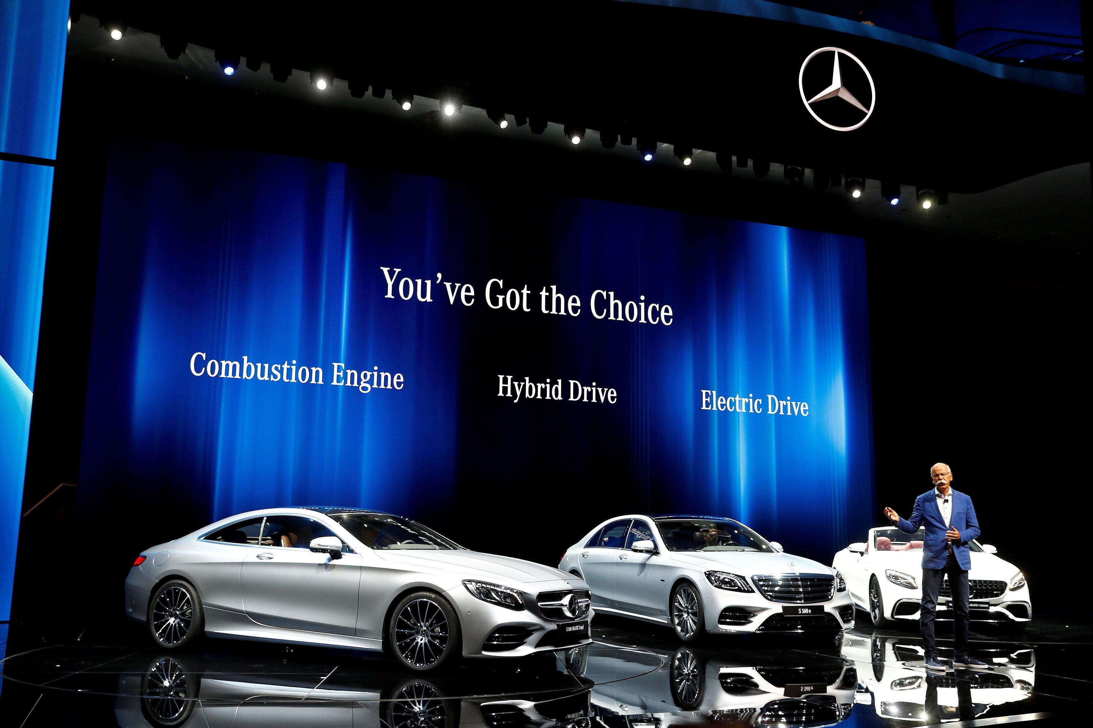 Daimler Earnings Hit As Diesel Scandal Lingers WSJ
