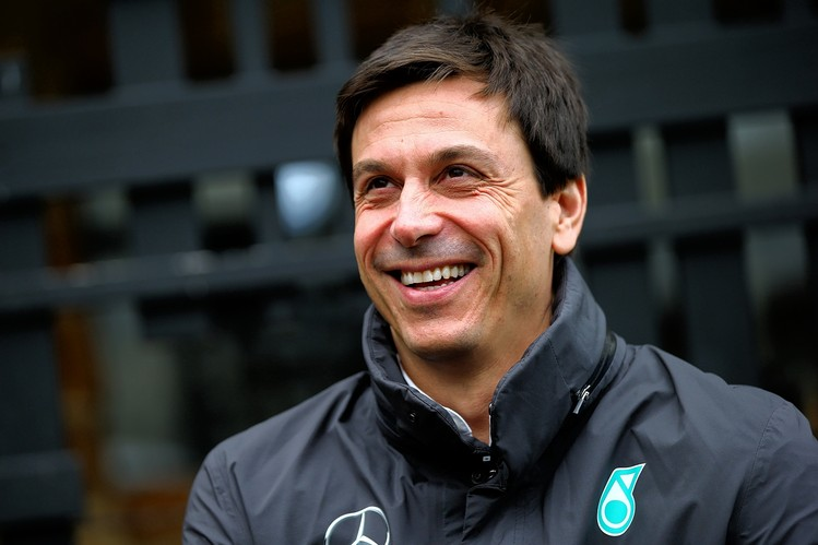 Q Amp A Mercedes F1 S Toto Wolff The Daily Fix Wsj