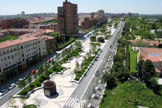 Redefining Urban Space- Adriaan Geuze  (1/4)