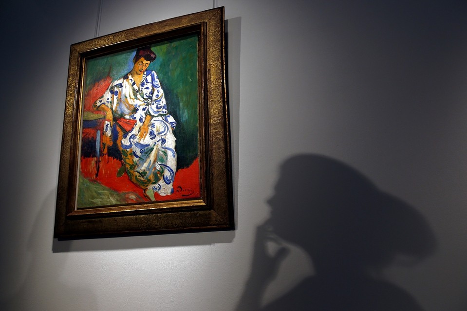 Art funds, which trace to the early 1900s, turn paintings like Andre Derain's 'Madame Matisse au kimono' into commodities.