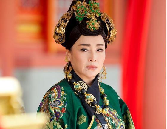 她是第一代黃蓉,金馬影后,頭婚被騙婚再婚遭劈腿,如今單身 - 每日頭條