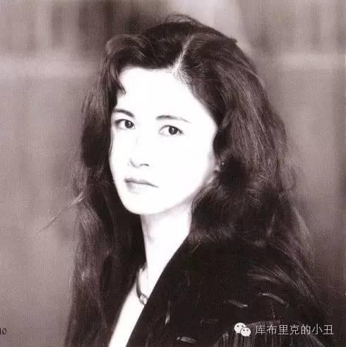 它劃出了香港粵語歌時代,是幾代人的回憶 - 每日頭條