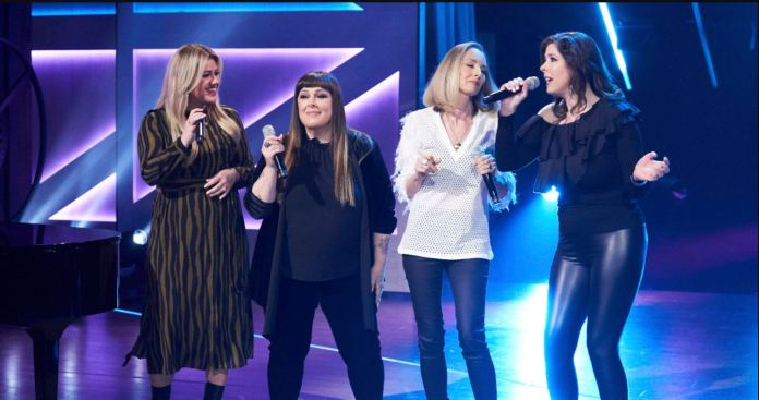 Watch To Wilson Phillips Performs 'Hold On' With Kelly Clarkson