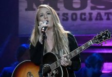 Margo Price Postpone Album Release Due To Coronavirus