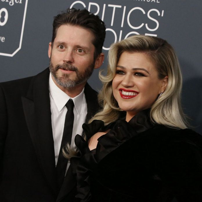 Kelly Clarkson Files For Divorce From Her Husband Nearly Seven Years
