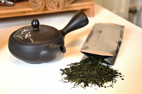 Fresh Shincha teas of the Kagoshima spring harvest