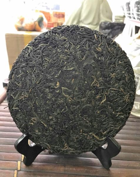 Ancient Snow Shan Sheng Pu Erh Tea / Hei Cha from Ha Giang province, Vietnam - pressed to cake