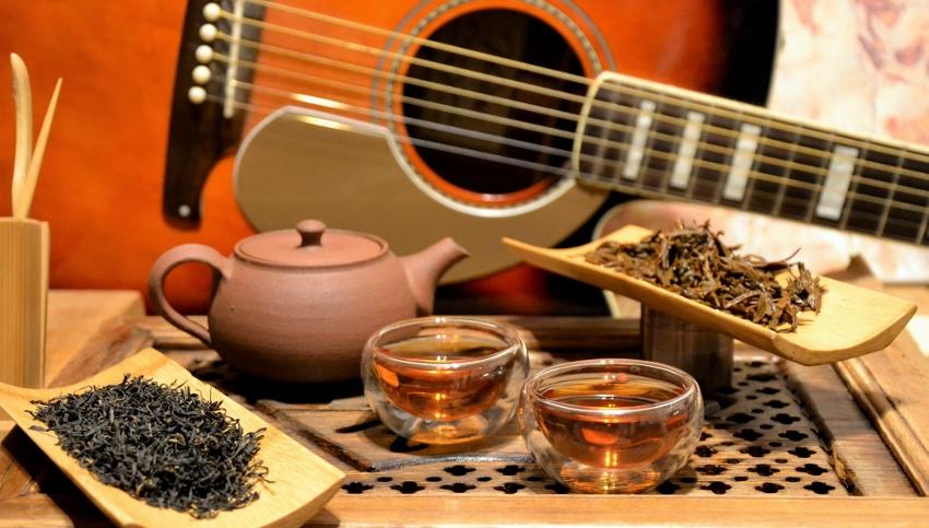 Floral Lapsang Schwarzer Tee der Frühlingspflückung in Wuyishan, von Cindy Chen