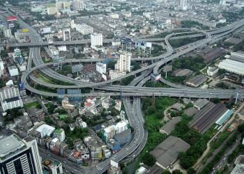 1,83 million de véhicules empruntent les autoroutes de Bangkok chaque jour
