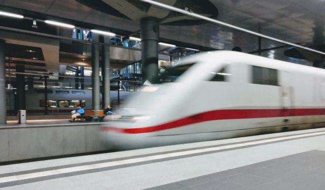 Le projet de TGV entre Bangkok et Chiang Mai devrait finalement avoir une vitesse réduite, pour tenter de faire baisser le montant du projet