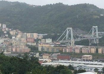 Effondrement du pont en Italie : le nombre de victimes atteint 43 alors que le pays est en deuil