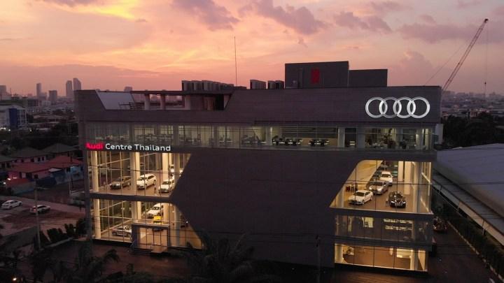 L'Audi Centre Bangkok, un investissement d'un milliard de bahts, a ouvert ses portes mardi