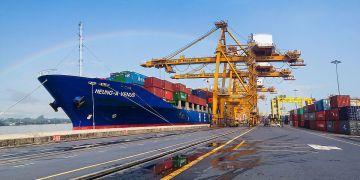 Les exportations thaïlandaises chutent de 5,2% en septembre, une première en 19 mois