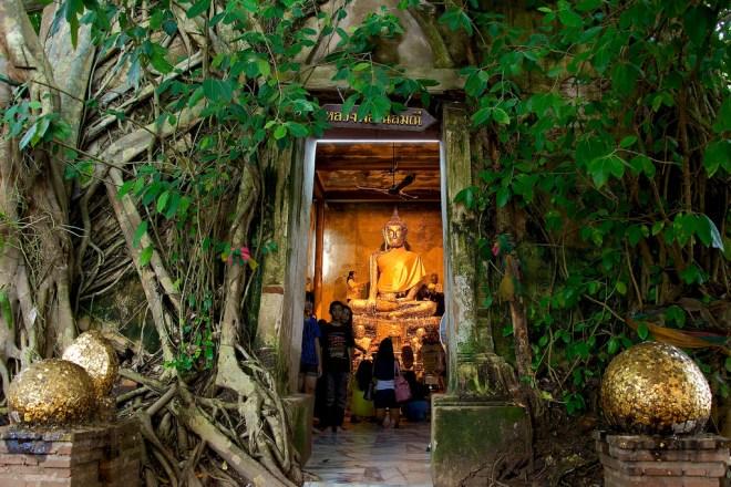 Le Wat Bang Kung, l'un des plus originaux de Thaïlande