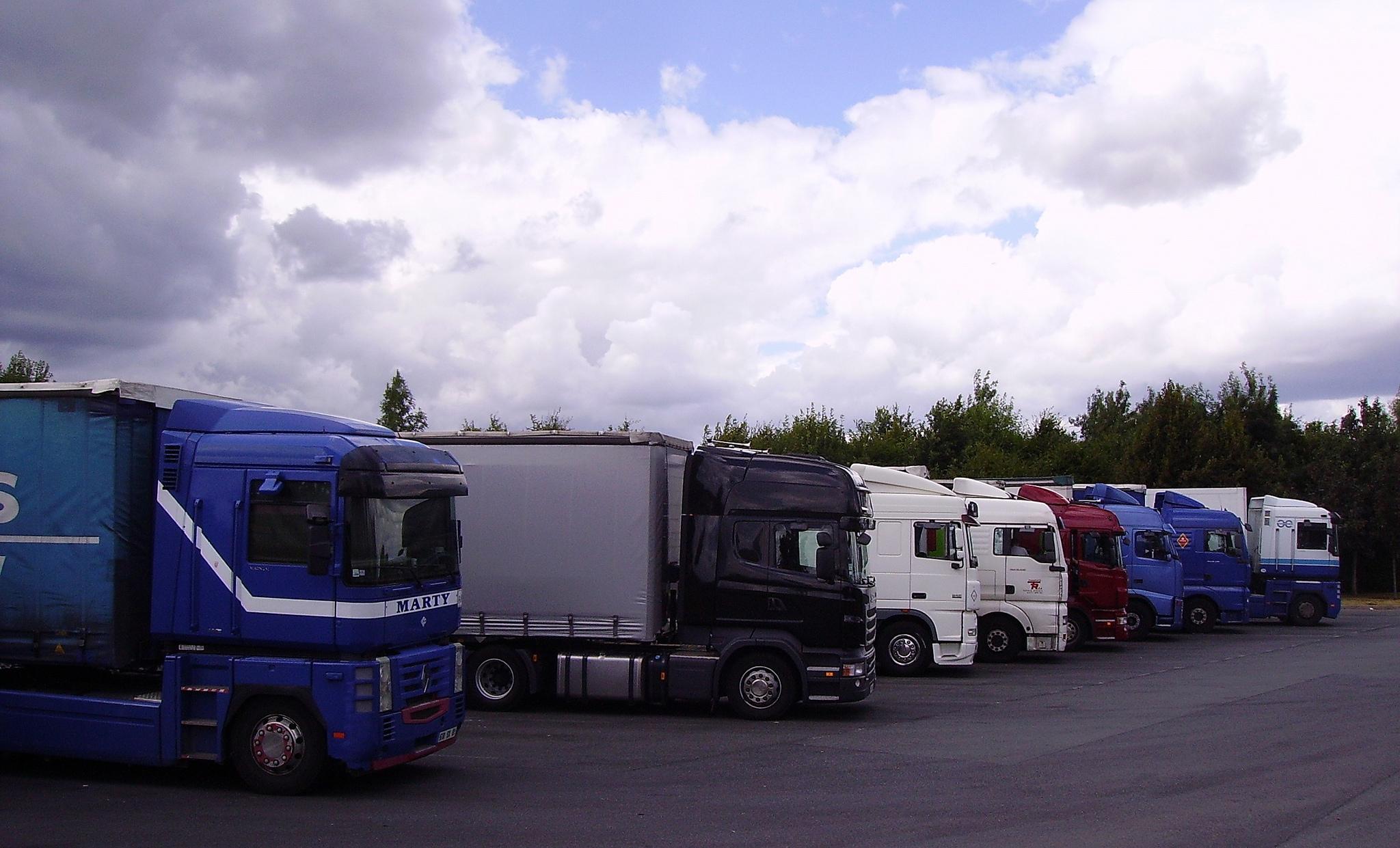 Transport routier: CGT et FO veulent une grève dès dimanche