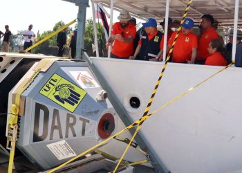 "Phuket : installation d'une nouvelle bouée ""anti-tsunami"""