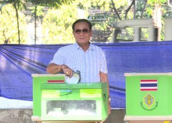 Élections en Thaïlande : le parti pro-junte réussit son pari, les démocrates grands perdants
