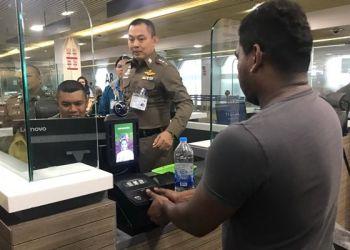 Thaïlande : l'immigration se dote de scanners biométriques