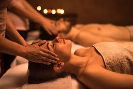 Thai massage couple