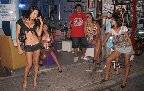 Two Russians beaten up by two ladyboys in Pattaya