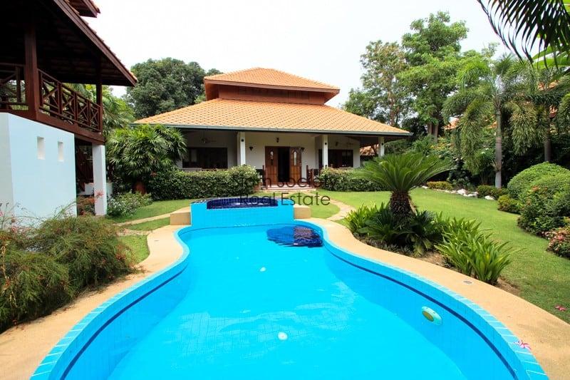 Central Hua Hin Pool Villa for Sale