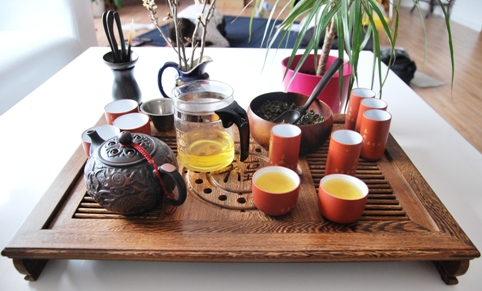Gong Fu Cha Setup 6, Chinese Tea Ceremony, Tea is Ready!