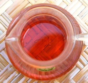 Doi Mae Salong Shi Er Black Pearls, red liquor, black tea from north Thailand